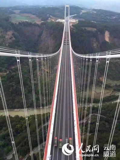 标志着龙江特大桥承载力已达到设计要求,进入了正式通车前的最后准备图片