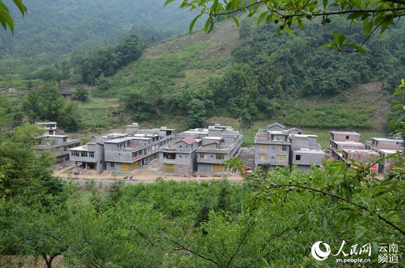 绥江:把易地扶贫搬迁示范点建成美丽幸福家园
