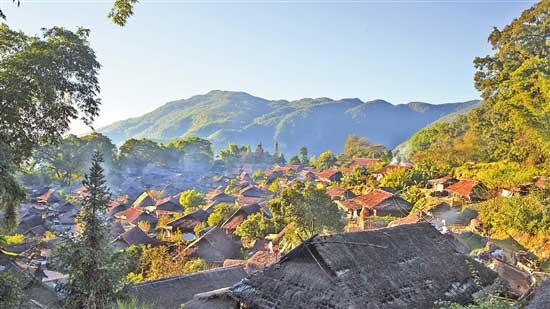 企业丽江东巴谷生态文化旅游股份有限公司和沧源县政府共同出资打造