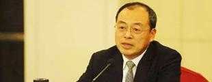 云南省省长阮成发通过人民网致信网友        阮成发通过人民网致信网友,对网友的两会建言表示感谢。