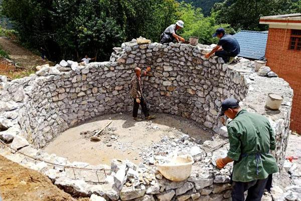 云南省麻栗坡县推进农村饮水安全见成效