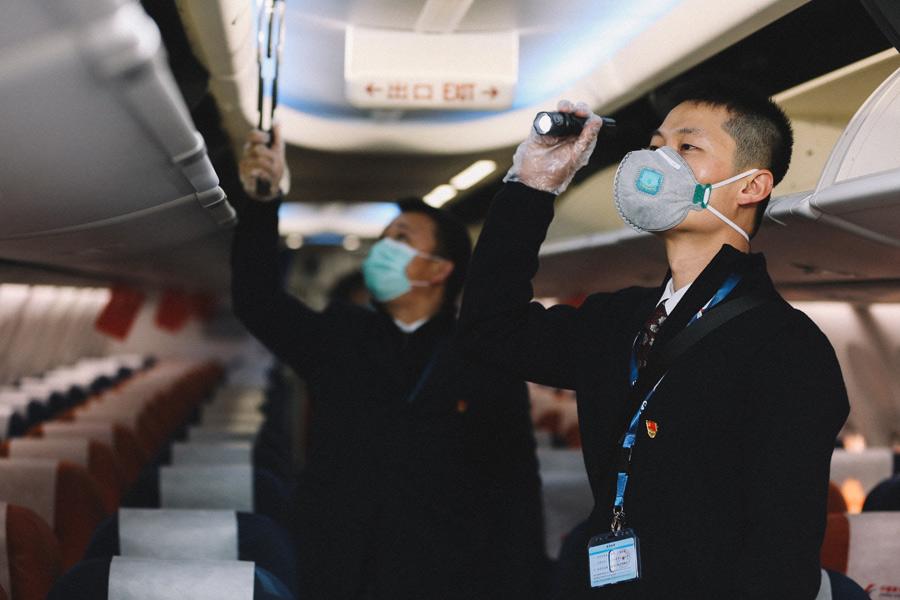 东航云南首班复工包机123人从昆明顺利抵达烟台