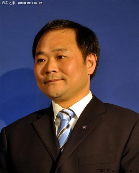 吉利汽车董事长 李书福